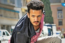 Akhil Tamil Movie Theatrical Trailer