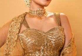 Raashi-Khanna-New-Pictures-03