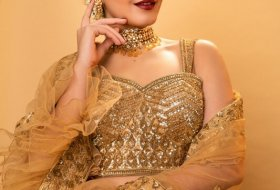 Raashi-Khanna-New-Pictures-04