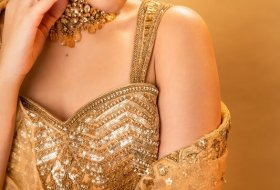 Raashi-Khanna-New-Pictures-07