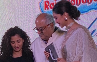 SriDevi-The-Eternal-Goddess-Book-Launched-05