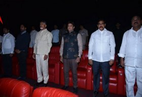 Chandrababu-Naidu-Watches-NTR-Kathanayakudu-02