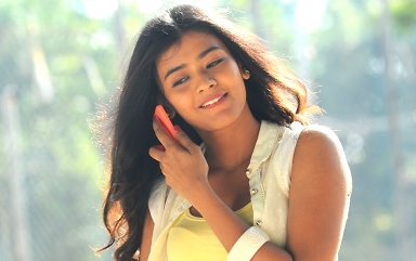 Hebah Patel Wallpapers