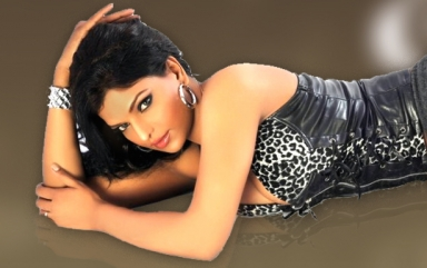 Shalini Naidu Spicy Wallpapers