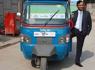 M&M unveils India's first hydrogen-powered vehicle
