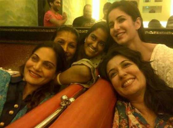 Katrina parties with Salman&#039;s Sisters