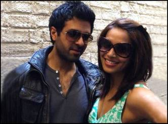 Its official, Harman, Bipasha are dating!