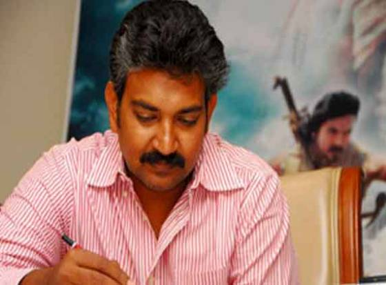  Rajamouli hails Magadheera