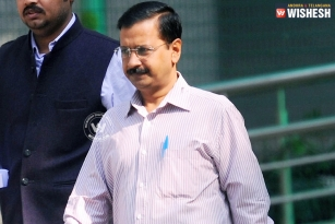 AAP chief and Delhi CM Aravind Kejriwal got a big blow with today's SC order