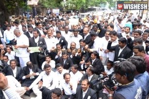 Advocates Protest for Hyderabad High Court Bifurcation