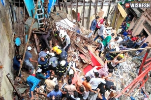 100-year-old Building Collapses in Mumbai: 40 Trapped In