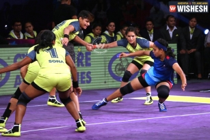 Divas Emerged As Winners In A Match Against Queens
