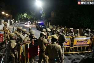 After 21 years, IT Raids At Jayalalithaa's Residence