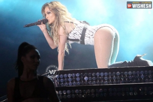 Jennifer Lopez sued over raunchy booty shake