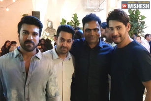 Memorable Snap: Mahesh Parties With Charan And Tarak