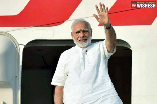 PM Modi Arrives In Netherlands On The Final Leg Of Three-Nation Tour
