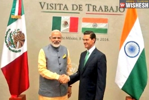 Prime Minister Narendra Modi Arrives in Mexico