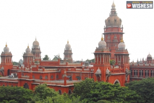 Madras HC To Hear Plea Of 18 Disqualified MLAs Tomorrow