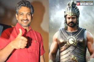 Prabhas Gets A Special Gift From SS Rajamouli Before Baahubali 2 Release