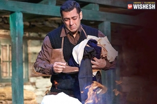 Salman Khan To Pay For Tubelight Losses