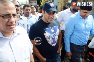 Sallu Wants To Make Open Defecation-Free Mumbai?