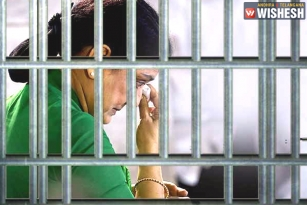Prisoner 9234 to Make Candles & Earn Rs. 50 Per Day