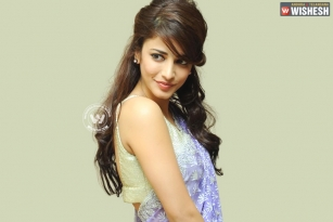 Shruthi, out of controversy with PVP
