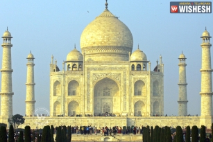 NGT Asks UP Government to Pay Rs 20,000 Fine for Neglecting Taj Mahal