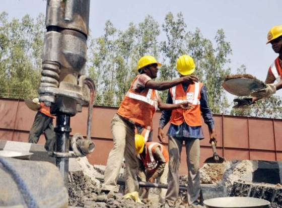 Metro rail works in full swing, 1st pillar by April end