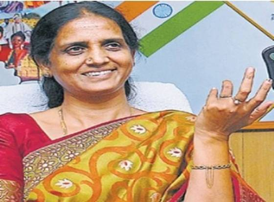 Sabitha Indra Reddy affirms cooperation to CBI