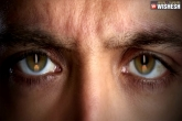 Hrithik Roshan's Kaabil first look talk