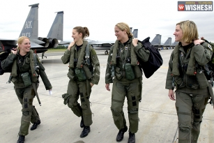 Panel pushes women to register for draft
