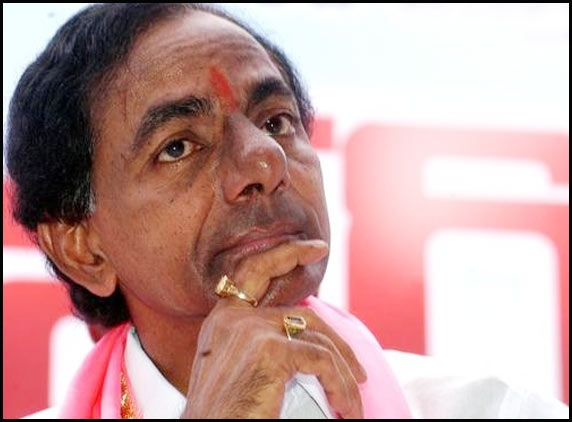 KCR calls upon suspended MPs to quit Congress
