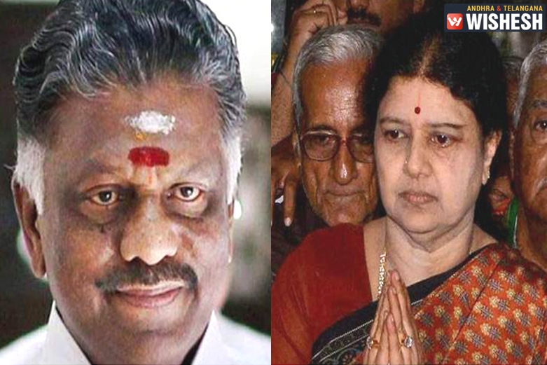 Panneerselvam Resigns from CM's Post, Sasikala to Likely to Become New CM