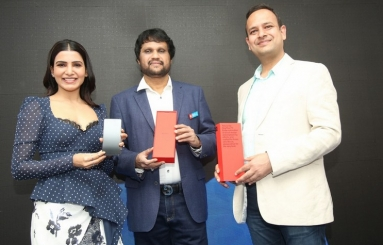 Samantha Launches OnePlus Mobile At Big C