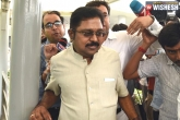 AIADMK, Two Leaves, aiadmk leader ttv dinakaran aide brought to chennai by delhi police, Two leaves