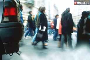 Air pollution accumulate deposits in the arteries which may lead to heart disease