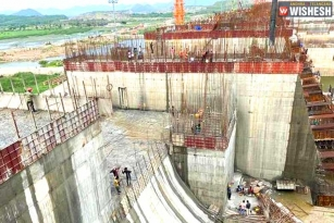 Rs 750 Cr Funds For Polavaram Project Rejected