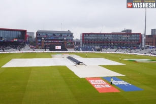 Rain Stalls First Semifinal: India and New Zealand to Take on the Reserve Day
