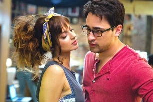 Katti Batti Movie Review and Ratings