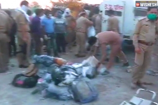 24 Migrant Workers Got Killed After A Tragic Accident In UP