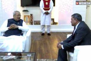Nimmagadda Ramesh Kumar Meets The Governor About His Reappointment