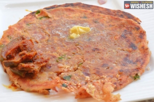 Tasty And Easy Onion And Paneer Paratha Recipe