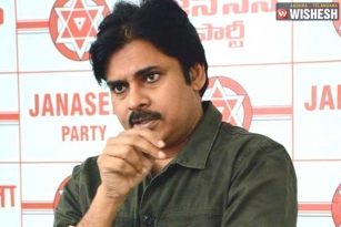Pawan Kalyan Stands By Fatima College Students