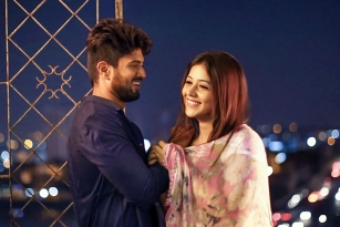 Taxiwaala Movie Review, Rating, Story, Cast & Crew