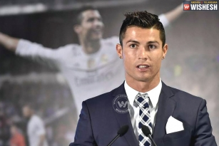 Cristiano Ronaldo walks out of news conference