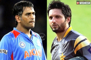#IndvsPak: Dhoni, Afridi in new setting
