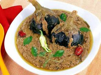 Curd Brinjal: A Spicy Delicacy